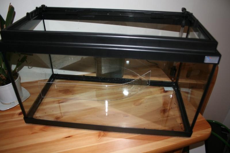 photo http://www.aquariophilie.org/images/article/Mise_en_place_d_un_aquarium_en_photo_a12211922_0.jpeg