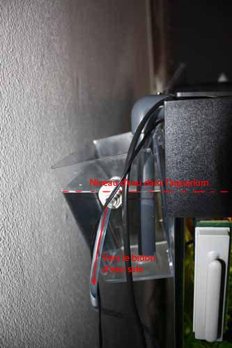 photo http://www.aquariophilie.org/images/article/Un_trop_plein_pour_changement_d_eau_tres_simple_et_sans_percages__a06170828_3.jpeg